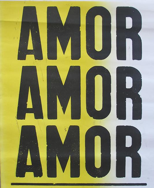 "poster ""amor amor amor"" amarelo e branco-0"